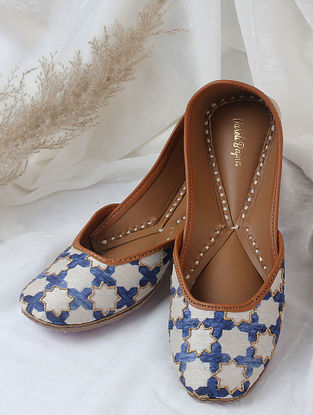 White Blue Handcrafted Printed Silk Leather Juttis