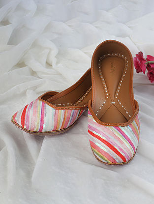 Multicolored Handcrafted Printed Silk Leather Juttis