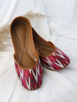 Red Gold Handcrafted Ikat Printed Silk Leather Juttis