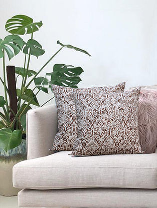 Cream Distress Ornamental Hand Printed Cotton Cushion Cover (L-16in, W-16in)