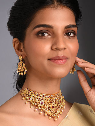 Red Gold Tone Temple Necklace And Earrings With Pearls