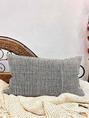 Monochrome Silk Pillow Cover (L-18in,W-12in)