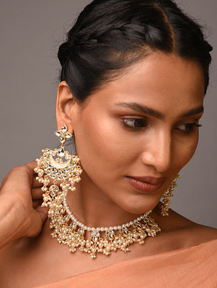 Gold Tone Kundan Necklace With Earrings