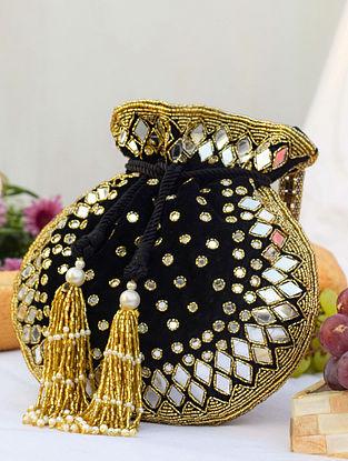 Black Gold Handcrafted Velvet Potli With Mirror Work
