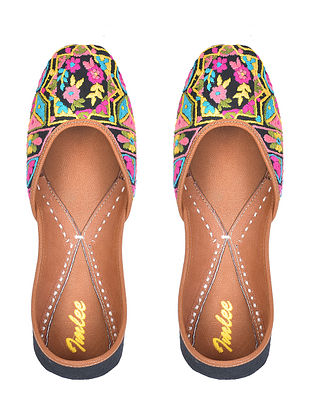 Multicolored Hand Embroidered Cotton Leather Juttis