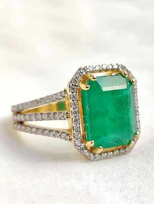 Green Gold Ring with Diamond and Emerald