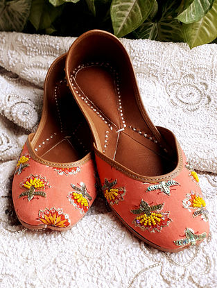 Pink Green Handcrafted Beaded Cotton Leather Juttis