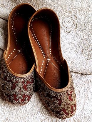 Burgundy Tilla Embroidered Mulberry Silk Leather Juttis