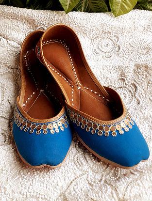 Blue Red Handcrafted Batik Cotton Leather Juttis