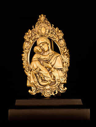 Mother Mary Car Decor(L-2.36in ,W- 1.38in)