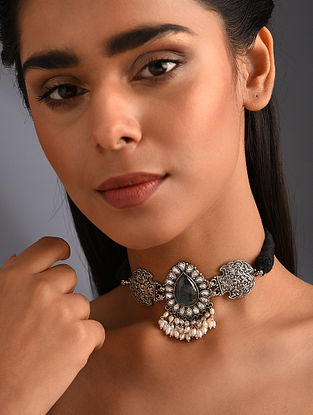 Kundan Tribal Silver Necklace with Pearls