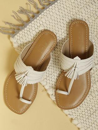 White Handcrafted Leather Kolhapuri Flats