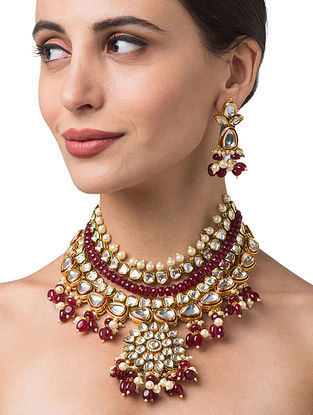 Maroon Gold Tone Kundan Necklace With Earrings