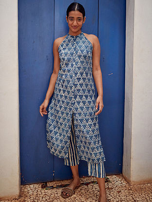 Blue Harmony' Indigo Blue Handblock Printed Cotton Kurta with Pants (Set of 2)