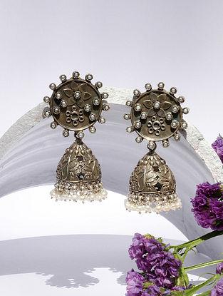 Kundan Silver Jhumki Earrings With Pearls