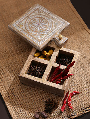 Whitewashed Handcrafted Distress Finish Square Box (L-7.5in, W-5.5in,H-2in)