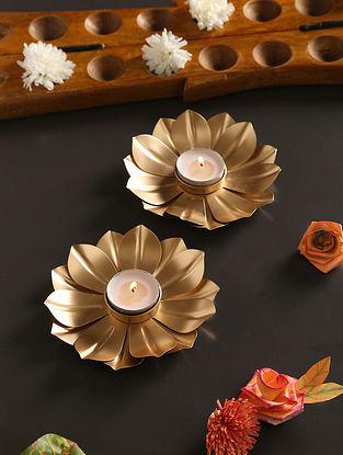 Mrigan Flower Tea Light Holder (Set Of 2) (Dia-5in, H-1in)