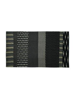 Medley Black Warp Ikat Double Bedcover (103in x 89in)