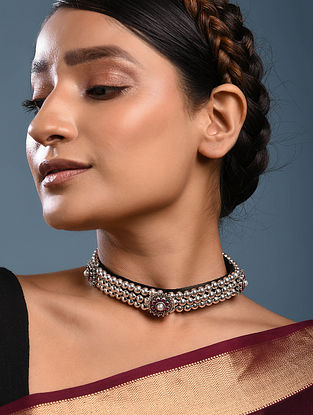 Maroon Tribal Silver Necklace with Pearl