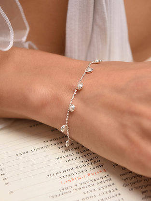 Classic Silver Bracelet With Freshwater Pearl