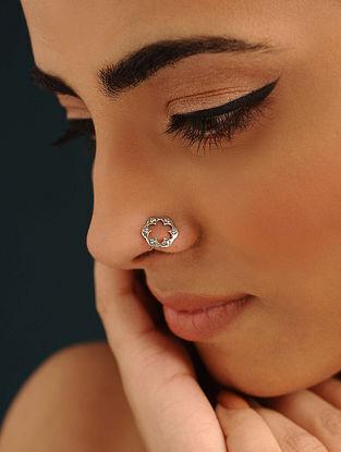 Silver Silver Nose Pin