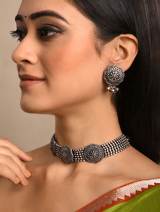 Silver Tone Tribal Necklace With Earrings