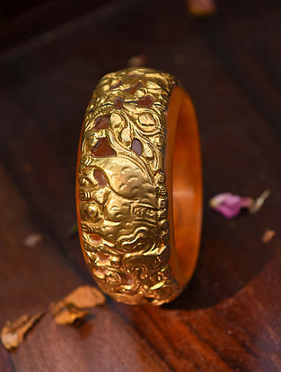 Yellow Gold Tone Handcrafted Bangle (Size:2/8)