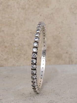 Classic Silver Bangle (Size: 2/6)