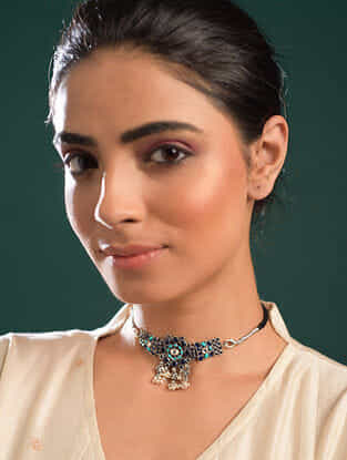 Kempstone Encrusted Temple Silver Choker Necklace With Pearls