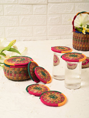 Multicolored Handcrafted Pine Needle Grass Coaster Box With Lid And Coasters (Set of 7)