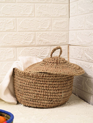 Handcrafted Pine Needle Grass Laundry Basket With Lid (L - 10.5in, W - 10.5in, H - 9in)