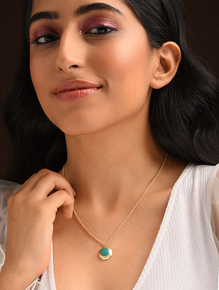 Turquoise Gold Tone Enameled Pendant With Chain