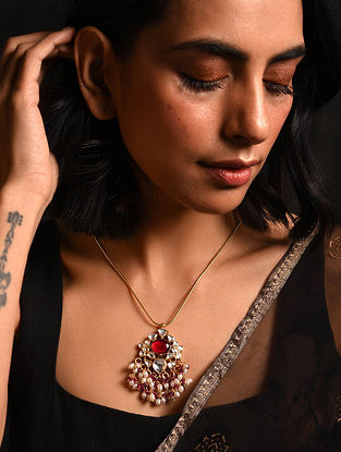 Red Gold Tone Kundan Silver Necklace with Pearls