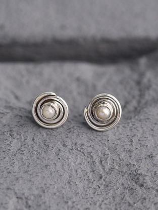 Sterling Silver Earrings with Pearl