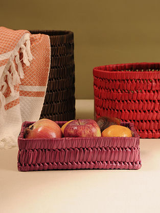 Palm Leaf Maroon Tray (L - 9in, W - 6.2in, H - 2.5in)