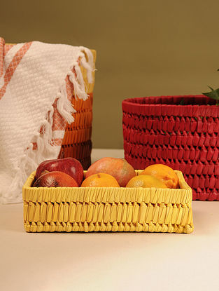 Palm Leaf Yellow Tray (L - 9.5in, W - 6.5in, H - 2.5in)