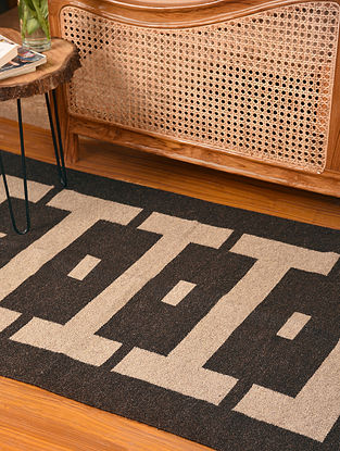 Natural Dyed Dark Grey Handwoven Jute and Cotton Carpet (L-5.2 ft, W-3.2 ft)