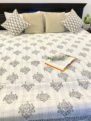Grey and White Hand Block Printed And Hand Quilted Kantha Double Bed Cover (L - 104in, W - 89in)