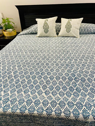 Tealgreen and White Hand Block Printed And Hand Quilted Kantha Double Bed Cover (L - 104in, W - 90in)