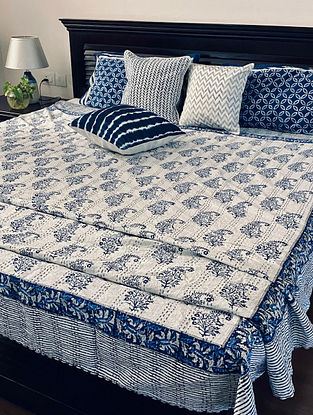 Blue and White Hand Block Printed And Hand Quilted Kantha Double Bed Cover (L - 104in, W - 88in)