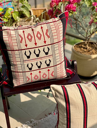 White and Red Hand Woven Naga Cushion Cover (L - 16in, W - 16in)