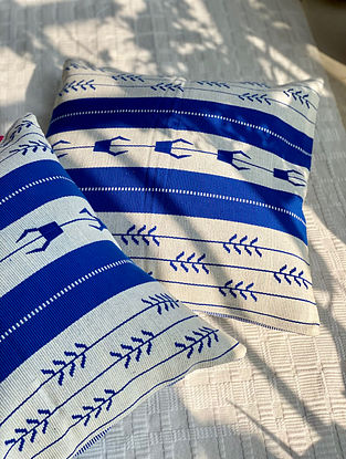 White and Blue Hand Woven Naga Cushion Cover (L - 16in, W - 16in)
