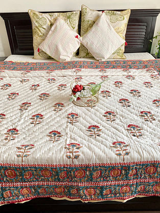 Off White Hand Block Printed And Hand Quilted Reversible Double Bed Quilt (L - 104in, W - 84in)