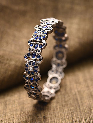Blue Kempstone Encrusted Tribal Silver Bangle (Size: 2/5)