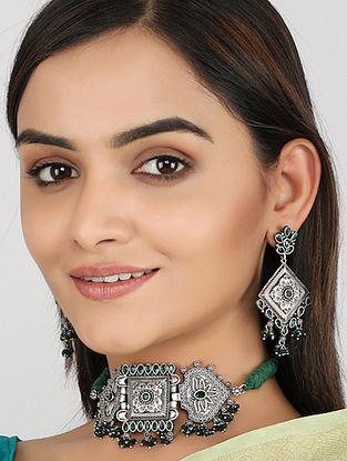 Green Silver Tone Tribal Choker Necklace With Earrings