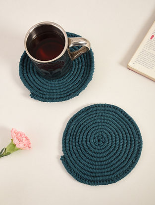 Indigo Blue Cotton Classic Hand-Knotted Trivets (Dia-6in) (Set of 2)