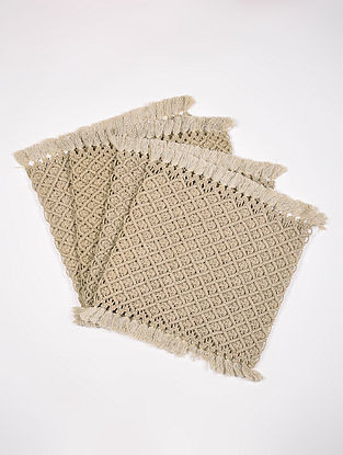 Ecru Cotton Jewel Hand-Knotted Placemat (L-13.5in, W-15in) (Set of 4)