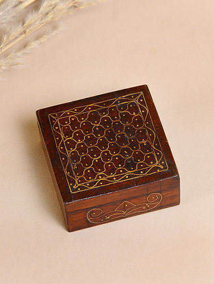 Brown Handcrafted Sheesham Wooden Box With Brass Inlay (L-2.5in, W-2.5in, H-1.2in)