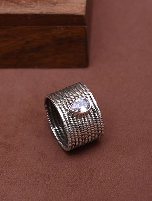 Classic Silver Ring with Zircon (Size: 14)