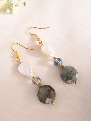 Grey Blue Handcrafted Earrings With Pearls And Labradorite